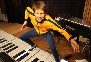 Kabarettist und Akrobat Henning Kothe